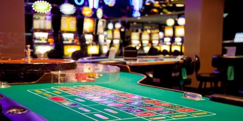 Iowa Golf and Casinos