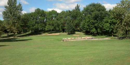 Oak Hills Par 30 Public Golf Course