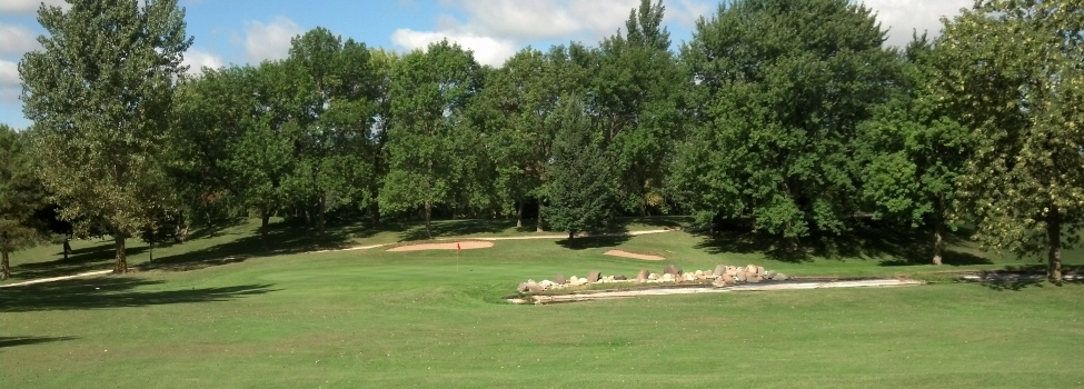 Oak Hills Par 30 Public Golf Course